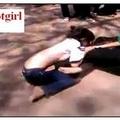 Video: Nữ sinh Biên Hoà đánh nhau lộ hàng