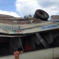Hai xe khách đấu đầu, nhiều hành khách bị thương