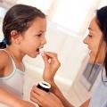 Trẻ có nguy cơ mắc viêm âm đạo do nhiễm giun kim
