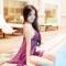 Elly Trần mặc nội y khiêu gợi bên hồ bơi