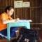 Đỗ 2 trường, nữ sinh nghèo hái ớt thuê kiếm tiền nhập học.
