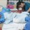 Nữ sinh giấu gia đình sống với người yêu bại liệt
