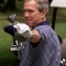 Ice Bucket Challenge: Bush thách thức Clinton