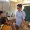 """Giáo sư Ngô Bảo Châu đi dép tổ ong lên """"dạy học"""" ở bản Lũng Luông"""