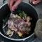 Cảnh sát Đức điều tra một người gốc Việt thịt mèo hàng xóm vì 'nhớ hương vị quê hương'