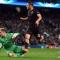 Totti lập siêu phẩm giúp Roma cầm hòa Man City tại Etihad