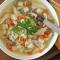 Món canh gà đông tảo nấu với rau củ ngon bổ