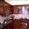 Chuyên cung cấp và thi công các loại tủ bếp như tủ bếp xoan đào, tủ bếp sồi nga, tủ bếp công nghiệp, tủ bếp nhôm kính,