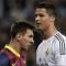 Alex Ferguson ca ngợi Ronaldo, chê Messi thiếu toàn diện
