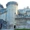 Ngỡ ngàng thành cổ Avignon