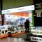 Chủ cửa hàng iPhone lừa khách Việt tại Singapore bị bắt