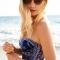 Lấy lại mái tóc suôn mượt sau khi đi bơi hay đi biển