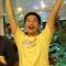 Ăn 12 cây xúc xích, nhận giải thưởng 1 triệu đồng ở Sài Gòn