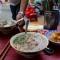 Quán cháo lòng đặc biệt nấu bằng thau hơn 80 năm tuổi ở Sài Gòn
