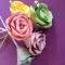 Cách làm hoa hồng giấy cực kỳ đơn giản nhưng lại vô cùng đẹp ;)