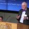 Chủ nhân giải Nobel Kinh tế 2015: Mức thu nhập lý tưởng là 75.000 USD/năm. Con người ta sẽ thấy hạnh phúc hơn