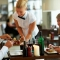 Chia sẻ kỹ năng phục vụ món ăn chuyên nghiệp