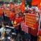 Người Việt tại Philippines biểu tình rầm rộ trước Đại sứ quán Trung Quốc
