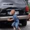 TP HCM: Cha lùi xe, vô tình cán chết con trai 2 tuổi