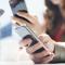 Người dùng smartphone Android khiêm tốn hơn người dùng iPhone