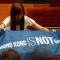 Nghị sĩ Hong Kong sử dụng các chiêu sáng tạo để biến lời tuyên thệ trung thành với Trung Quốc thành tuyên ngôn tự do