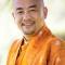 """Thiền sư Anyen Rinpoche: """"Thay vì tìm nguyên nhân để đổ lỗi, hãy thư giãn, thoải mái và tự tin vào chính mình"""""""