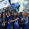 cả thế giới chỉ trích Leicester 'vô ơn và nhục nhã' khi sa thải Ranieri