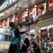 Nguyên Thủ tướng Nguyễn Tấn Dũng đi xem bóng rổ, cổ vũ cho Saigon Heat -