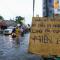 """SỐC: Dân Singapore đòi truy tố """"Thiên Lôi"""" vì lần nào mưa cũng gây ngập, nhưng Ngọc Hoàng chỉ kỷ luật cách chức vụ cũ"""