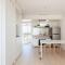 Phong cách tối giản giúp căn hộ 24m² rộng khó tin
