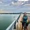 Cô Rita Rasimaite đến từ Lithuania ngỡ ngàng khi phát hiện chiếc xe đạp đã cùng mình vượt hơn 3.600 km ở Việt Nam