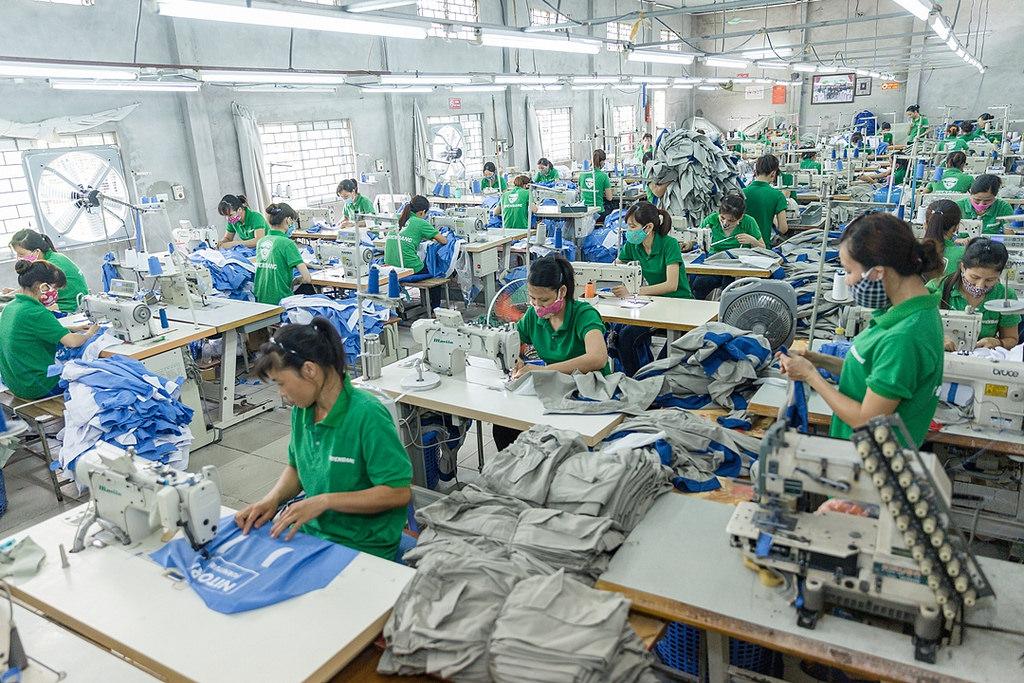 Thiên Bằng – Nhà Sản Xuất Áo Đồng Phục Công Ty Đẹp Tại Hà Nội